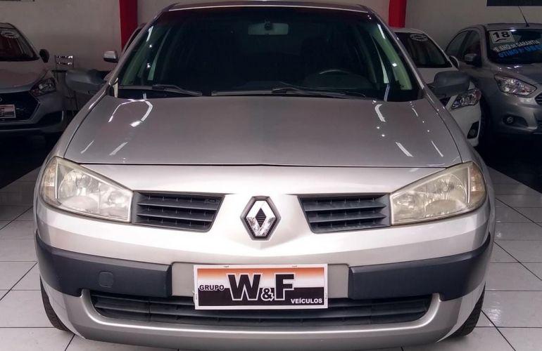 Renault Megane 1.6 Expression 16v - Foto #5