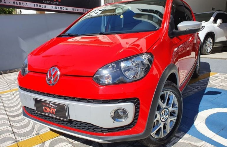 Volkswagen Cross Up 1.0 MPi 12v - Foto #1