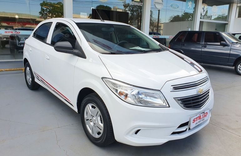 Chevrolet Onix 1.0 LT (Flex) - Foto #1