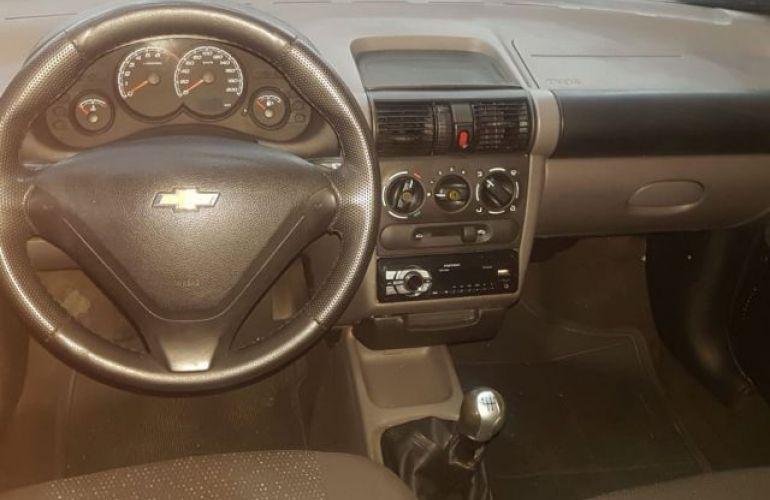 Chevrolet Classic LS 1.0 Mpfi VHCE 8V Flexpower - Foto #4