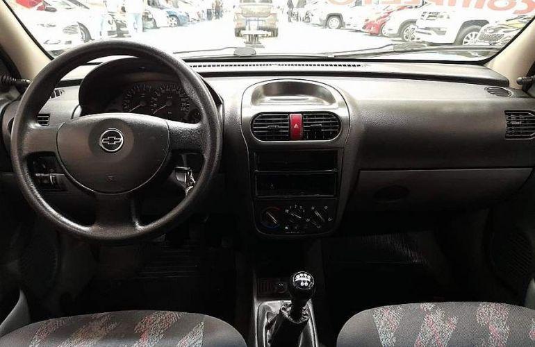 Chevrolet Corsa 1.8 MPFi Maxx Sedan 8v - Foto #6