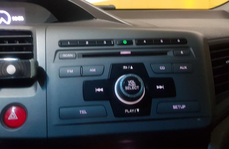 Honda New Civic LXS 1.8 16V i-VTEC (Aut) (Flex) - Foto #3