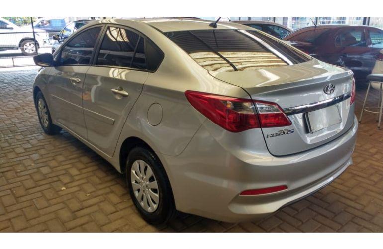 Hyundai HB20S 1.0 Unique - Foto #4