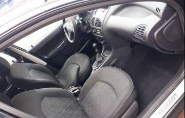 Peugeot 206 Hatch. 1.4 8V (flex) - Foto #2