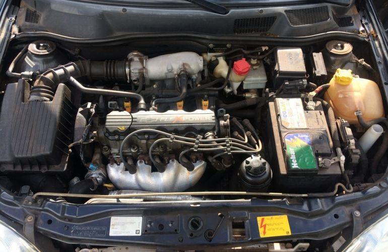 Chevrolet Astra Sedan Advantage 2.0 (Flex) - Foto #7