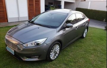 Ford Focus 2.0 Titanium Plus Fastback 16v