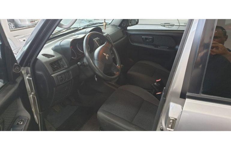 Mitsubishi Pajero TR4 2.0 16V 4X4 (Flex) - Foto #8