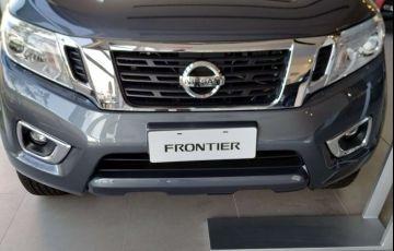 Nissan Frontier 2.3 CD XE 4x4 (Aut)