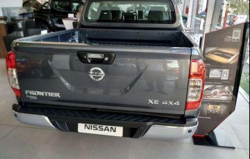 Nissan Frontier 2.3 CD XE 4x4 (Aut) - Foto #3