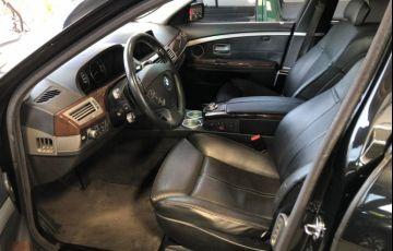 BMW 750i 4.4 V8 - Foto #9