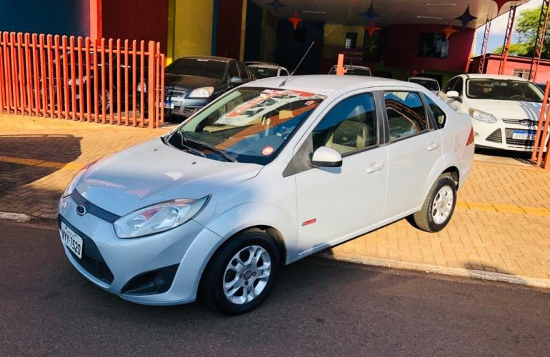 Ford Fiesta Sedan SE 1.6 Rocam (Flex) - Foto #1