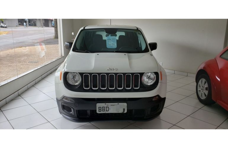 Jeep Renegade 1.8 (Aut) - Foto #2