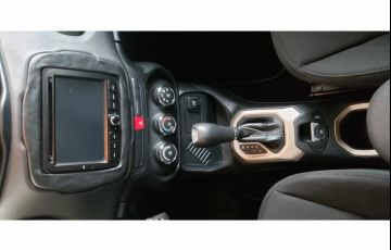 Jeep Renegade 1.8 (Aut) - Foto #6
