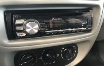 Renault Clio Hatch. Expression 1.6 16V - Foto #8