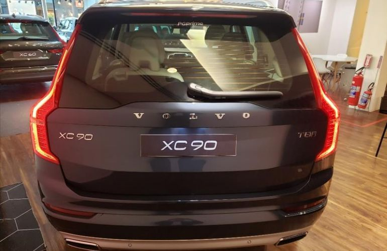 Volvo XC90 2.0 T8 Hybrid Momentum AWD Geartronic - Foto #3