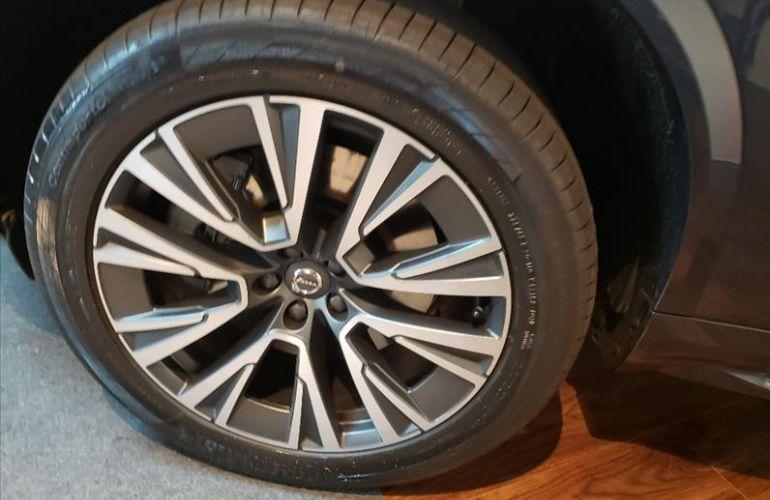 Volvo XC90 2.0 T8 Hybrid Momentum AWD Geartronic - Foto #4
