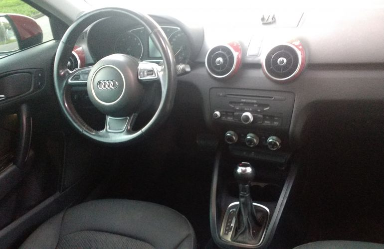 Audi A1 1.4 TFSI Attraction S Tronic - Foto #8