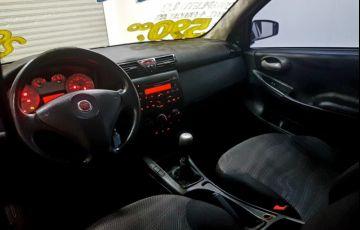 Fiat Stilo 1.8 MPi Attractive 8v - Foto #3