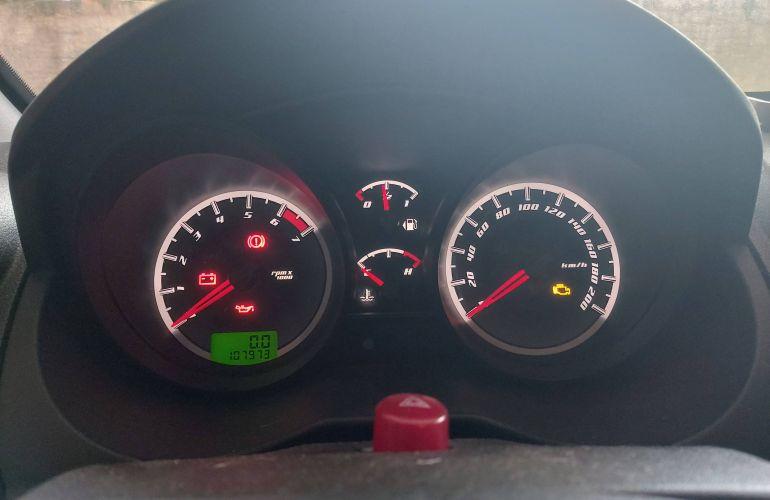 Ford Fiesta Hatch SE 1.0 RoCam (Flex) - Foto #5