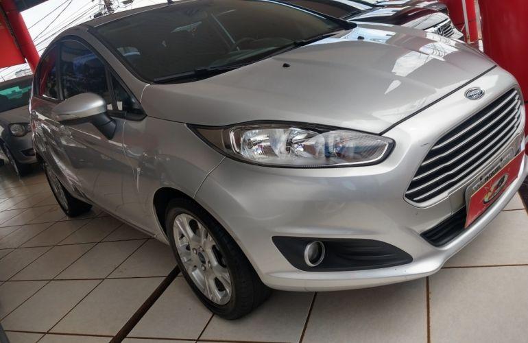 Ford New Fiesta 1.6 SE - Foto #5
