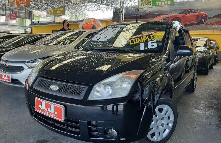 Ford Fiesta 1.6 MPi Class Sedan 8v - Foto #2