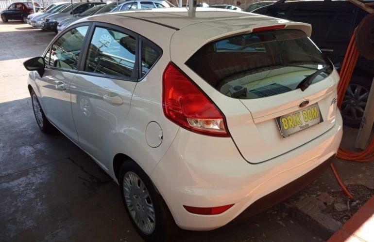 Ford New Fiesta SE 1.5 16v - Foto #5
