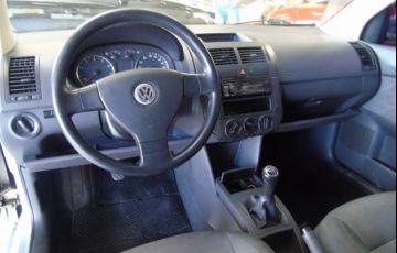 Volkswagen Polo Sedan 1.6 Mi 8V Total Flex - Foto #5