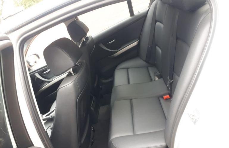 BMW 318i 1.8 16V - Foto #9