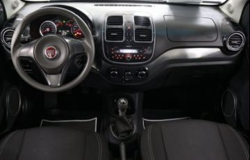 Fiat Siena Attractive 1.4 MPI 8V Flex - Foto #10