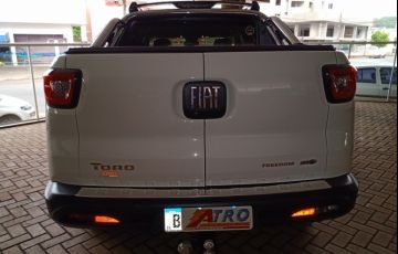 Fiat Toro Freedom Open Edition 1.8 AT6 4x2 (Flex) - Foto #3