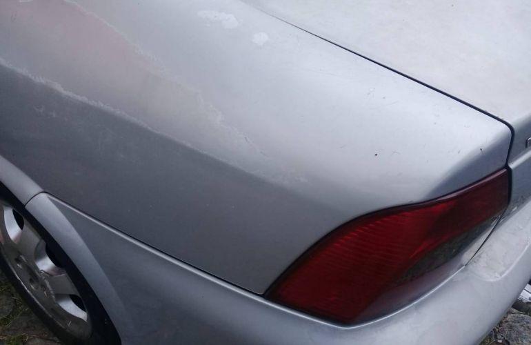 Chevrolet Vectra Plus CD 2.0 8V - Foto #4