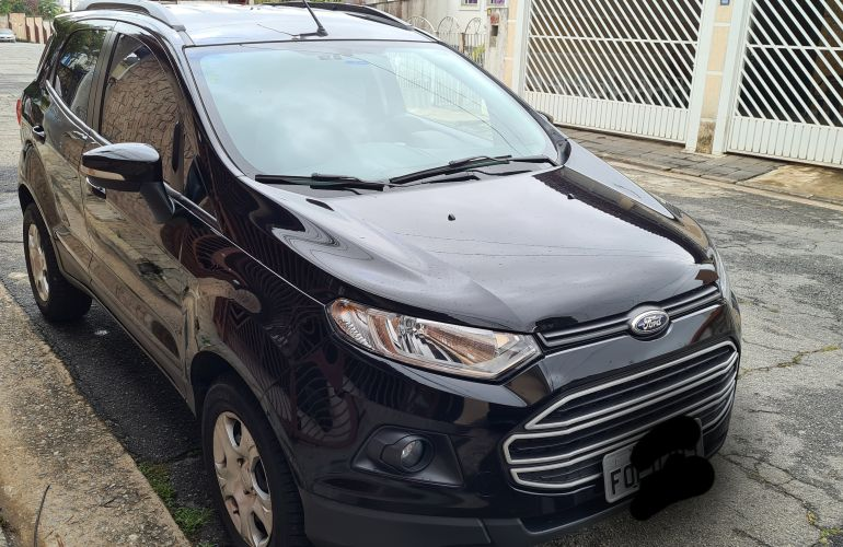Ford Ecosport SE 2.0 16V Powershift (Flex) - Foto #5