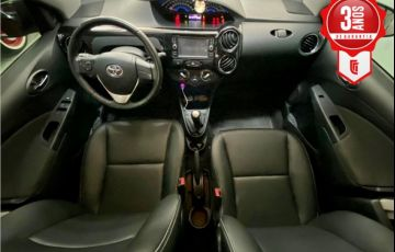 Toyota Etios 1.5 Xls Sedan 16V Flex 4p Manual - Foto #4