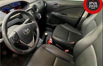 Toyota Etios 1.5 Xls Sedan 16V Flex 4p Manual - Foto #8