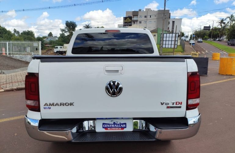 Volkswagen Amarok 3.0 V6 CD Highline 4x4 - Foto #4