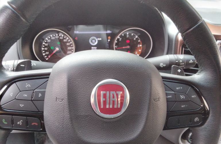 Fiat Toro Volcano 2.0 diesel AT9 4x4 - Foto #6