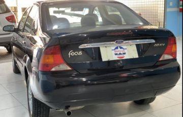 Ford Focus Sedan Ghia 2.0 16V Duratec - Foto #4