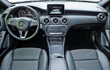 Mercedes-Benz A 200 1.6 Turbo 16v - Foto #10