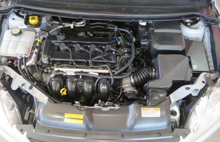 Ford Focus Sedan GLX 2.0 16V (Flex) (Aut) - Foto #7