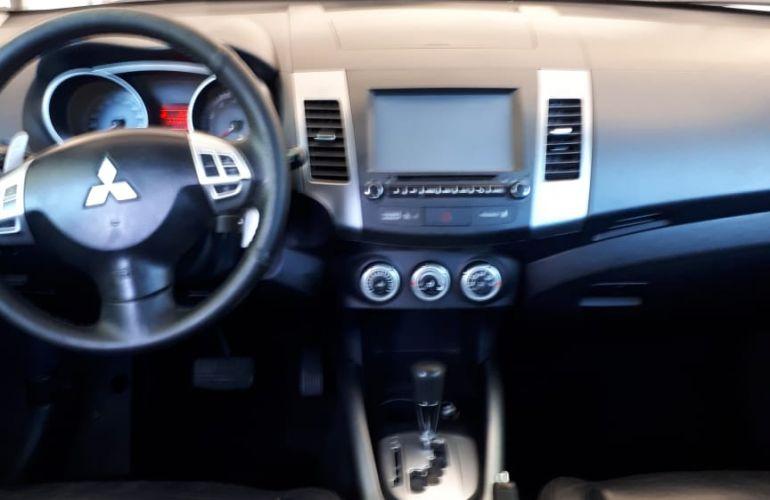 Mitsubishi Outlander 3.0 V6 - Foto #4