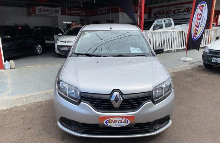 Renault Logan Dynamique 1.6 8V (flex) - Foto #2