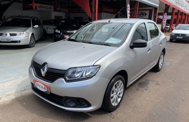 Renault Logan Dynamique 1.6 8V (flex) - Foto #8