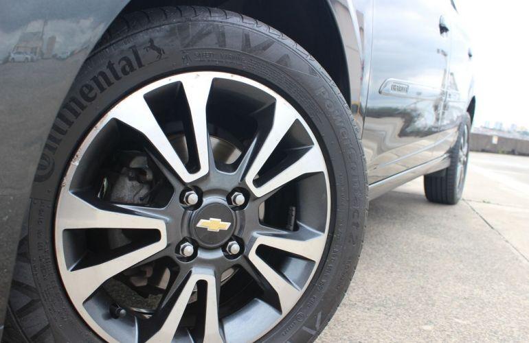 Chevrolet Onix 1.4 MPFi LTZ 8v - Foto #3