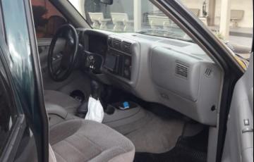 Chevrolet S10 Luxe 4x4 4.3 SFi V6 (Cab Dupla) - Foto #2