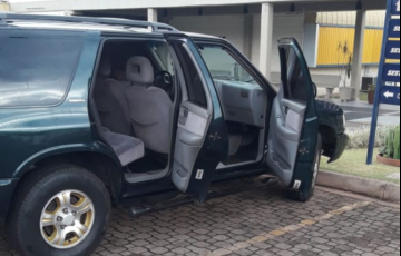 Chevrolet S10 Luxe 4x4 4.3 SFi V6 (Cab Dupla) - Foto #3