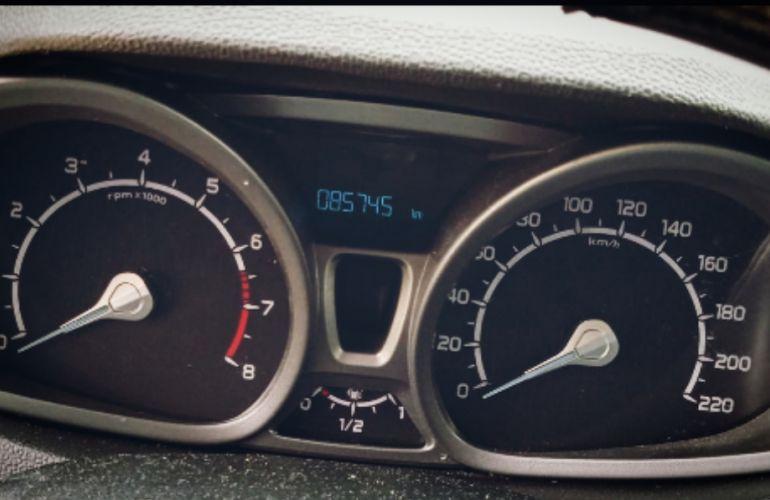 Ford Ecosport SE 2.0 16V Powershift (Flex) - Foto #5