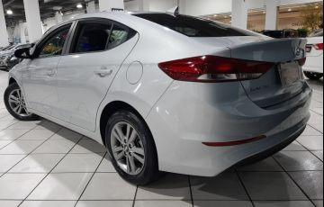 Hyundai Elantra 2.0 16v - Foto #3