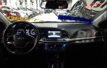 Hyundai Elantra 2.0 16v - Foto #6