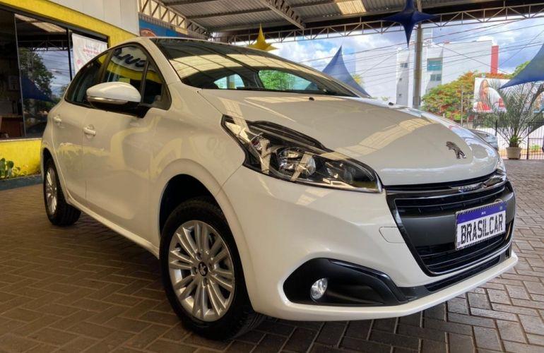 Peugeot 208 1.2 Active - Foto #1