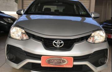 Toyota Etios Sedan Platinum 1.5 (Flex)